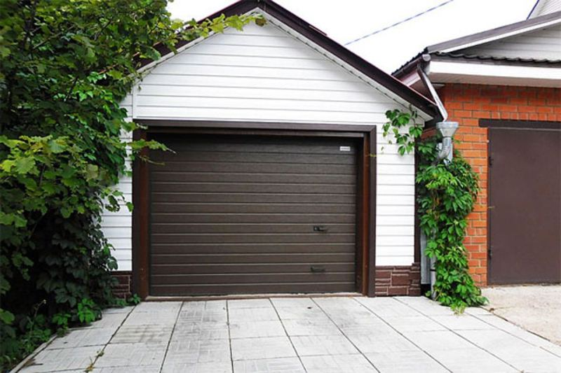 секционные гаражные ворота в леруа мерлен